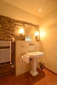 Badezimmer-Suite-de-la-Roche