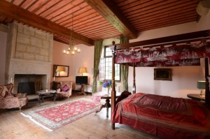 Schlafzimmer1-Suite-de-la-Roche