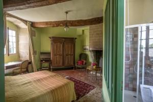 Schlafzimmer1-Tour-Boishardy